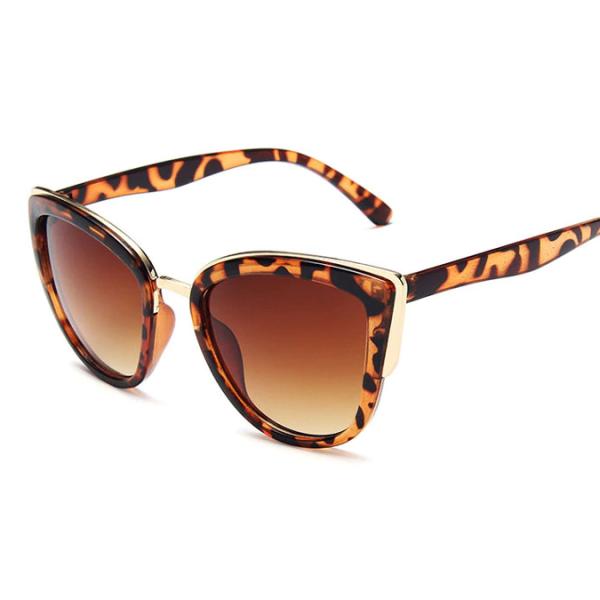Le Château 'Rebekah' Leopard Sunglasses (#21426)